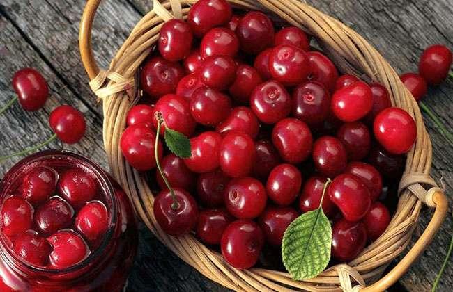 Fiber in Cherries